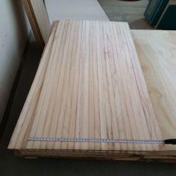 Panneaux en bois massif et des conseils à la taille de coupe pour le cercueil d'administration