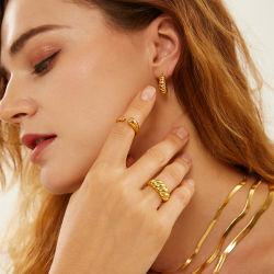 精密宝石類の注文の設計 18K 金めっきされた女性のねじれ女の子 ピンキー Croissant 925 の方法宝石類は銀製の chunky 積み重ね可能なリングをスターリングする
