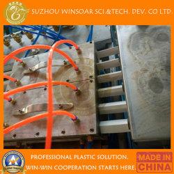 De Plastic Binnen Openlucht Houten Lopende band van de Uitdrijving van het Profiel van Decking van de Vloer van pvc WPC