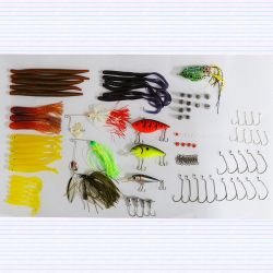 S'attaquer en plastique assortiment Bass Fishing Tackle Box Set