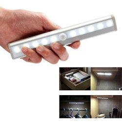 LED da lâmpada de teto Portable Smart Motion Noite guarda-roupa de sensor de luz