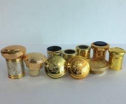 Tampa de ouro de plástico com a cortiça