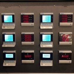 Alimentation DC Yidek AC courant électrique avec le logiciel Amperemeter Copyright