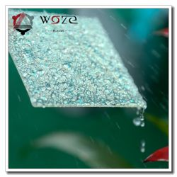 Gli accessori della stanza da bagno rimuovono o colorato i poli materiali impressi della decorazione dello strato del carbonato