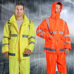 Hi Vis Safety 300d PU 코팅 나일론 옥스포드 레인코트 유지 반사형 테이프 방수 작업복으로 따뜻합니다