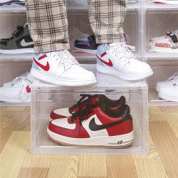 درج حذاء بلاستيكي شفاف PP صندوق إسقاط جانبي قابل للتكديس أمامي صندوق الأحذية