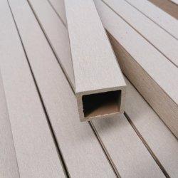 正方形によってブラシをかけられる防水木製のプラスチック合成のDeckingのビーム