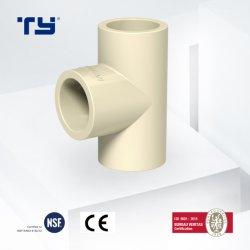 Het aangepaste Gelijke T-stuk ASTM 2846 van het Ontwerp de Plastic Montage van de Pijp CPVC voor Irrigatie