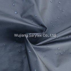 مصنع النسيج الصيني 400 طن من قماش النايلون التفتا المقاوم للماء من أجل اللف القماش