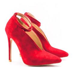 Pieds Sexy femmes mûres chaussures sandales talons sandales