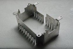Profils Semi-Open Extrusions en aluminium extrudé anodisé dissipateur de chaleur pour le boîtier