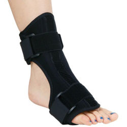 Stecca di notte della caviglia di rilievo di dolore di notte della parentesi graffa del piede di goccia