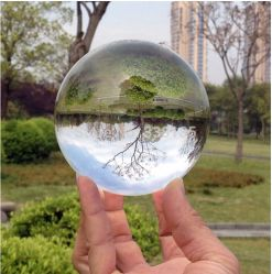 Feng Shui Clear Magic Glass Crystal Ball이 장식용으로 사용되었습니다