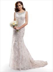 La robe nuptiale de seule chemise de chapeau voient à travers la robe de mariage