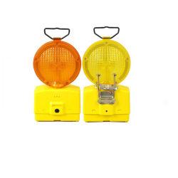 Whlosaleの道のバリケードライトLED太陽トラフィックの危険の警報灯