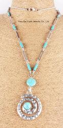 Mode d'argent Cercle artisanal et turquoise Collier Pendentif en pierre naturelle