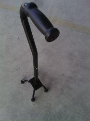 225kgロードBearingとのTopmedi Medical Equipment Lightweight Durable Aluminum Crutch