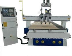 Auto Automatisch Hulpmiddel 1325 van de Verandering CNC de Snijdende Machine van de Router met Pneumatisch MultiProces voor Houtbewerking