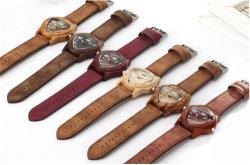 Umgekehrter Dreieck-Retro hölzerner Uhr-unbedeutender Bambusnatur-Leder-Bandeinfacher kreativer Mens-hölzerner Quarz-Armbanduhr-Taktgeber -222