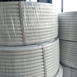 La Chine se chevauchaient Pert durables d'usine Al tuyau Pert pour l'eau