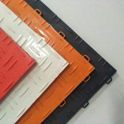 De materiële Slijtage van de Tegels van de Vloer van de Garage van de Tegel van de Bevloering van pvc van de Plank van SPC Vinyl Antislip - de Mat van de Vloer van pvc van de Weerstand