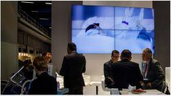 Het Binnen Originele Comité LG/Samsung van Asianda LCD van 55 Duim 2X2 VideoMuur Controlemechanisme van de Muur van de Vatting van 1.8 mm het Smalle Video
