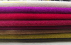 50%, die Woolen Gewebe ist, unterscheiden sich sich unterscheiden gutes für Frauen-Mantel in a/W