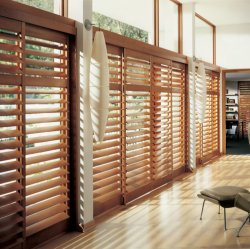 ستائر إغلاق الستائر الخشبية الداخلية للنوافذ