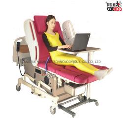 経済的なピンクの革病院の家具の女性の心配の出産配達回復検査のベッド