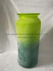 粉によって曇らされる終わりを用いる多彩なガラスつぼ