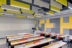 高密度ポリエステル線維のパネルの天井の音-引きつけられる壁の講堂で使用される防音の音響材料