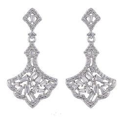 粋なCZの結婚式のイヤリングを照らす宝石類925の純銀製