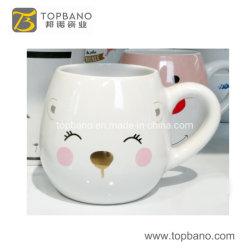La Chine 12oz 14oz céramique réutilisables en grès de la conception de cadeau de Noël Boissons Lait Mug tasse de café