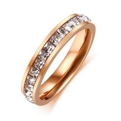 新しく標準的な単一の列の女性のための水晶チタニウムの卵の金の指輪