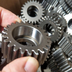 L'acier de précision en métal de la transmission du pont de la machine du planétaire de l'engrenage cylindrique