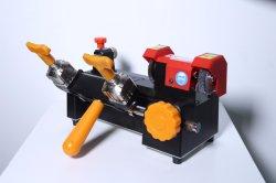 Ce e strumenti del fabbro dell'automobile diplomati FCC manuali