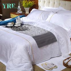 아름다운 백색 침대 시트는 파이브 스타 호텔 침구 호텔 제품을 놓는다