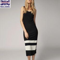 Kontrast-Farben-reizvolles Halsausschnitt-Form-Strickjacke-Kleid-Sleeveless einteiliges langes Kleid der Frauen für Damen