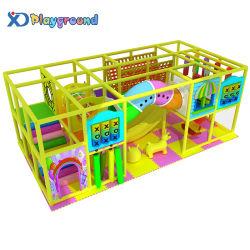 Apparatuur van de Speelplaats van de Jonge geitjes van het Spel van het Pretpark van het Ontwerp van de douane De Zachte Binnen