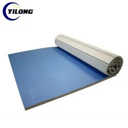 매트가 매끄러운 PVC 비닐 표면 무술에 의하여 밖으로 구른다