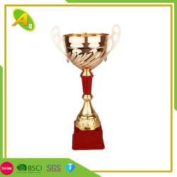 Personnalisée en usine de matériau en cuivre d'alimentation Sport Médaille Football/soccer trophée (050)