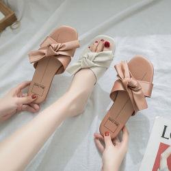 Las ventas de la mujer con sandalias caliente PU superior de la mariposa