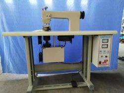 Einfache 3 Falte-Schablonen Ultransonic Dichtungs-Maschine und Ultransonic Punktschweissen-Maschine und Wekzeugspritzen-Brücke außerhalb der Ultransonic Maschine