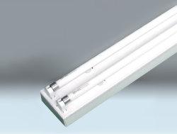Dispositivo de luz con el doble de los tubos fluorescentes T5 el armazón electrónica