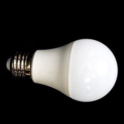 A70 15W E27の屋内照明LEDランプの省エネの球根