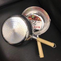 Al estilo japonés de acero inoxidable de ensanchamiento de la nieve de leche Pan pot con mango de madera