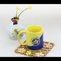 De creatieve Ceramische Kop van de Koffie van de Capaciteit van het Embleem van de Douane van de Mok Grote