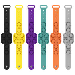 Siliconen New Design Stress Relief Pop Fidgets Kijk naar Brand Fidget Polsband Toy Push Pop Fidget Sensory armband