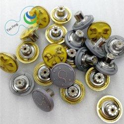 女性のプラスチック蝶ロゴの合金の金属のすねの鋲ジーンズボタンのアクセサリ