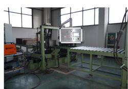Distribuzione trasformatore produzione linea di giunzione laterale saldatrice automatica per Formatura serbatoio alette corrugate